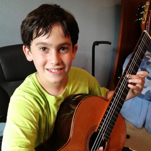 Aytahn Benavi's avatar