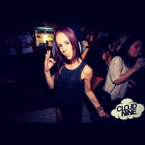 Kirsty.C's avatar