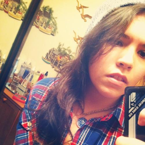 Serina Stow's avatar