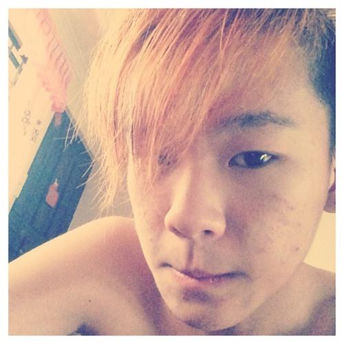 Zhi Qin's avatar