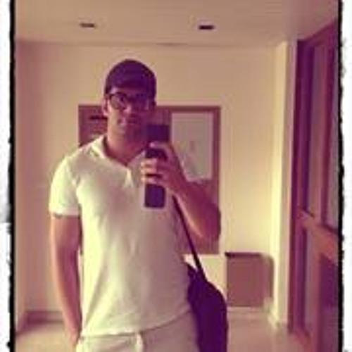 Darren Tehrani's avatar