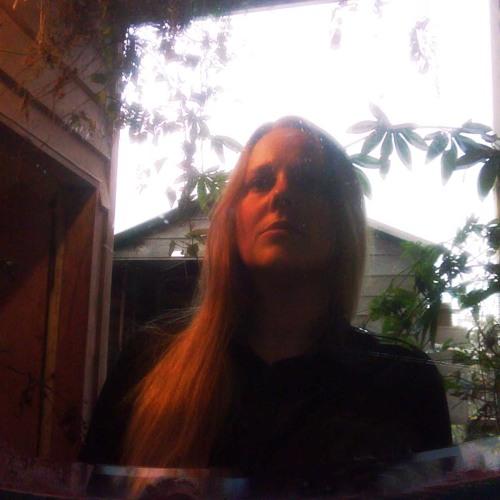 KirstinHoney's avatar