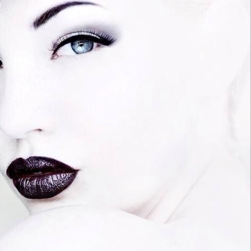 Mariam Elena's avatar