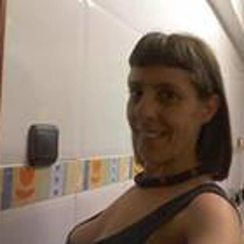 Amaira Silva's avatar