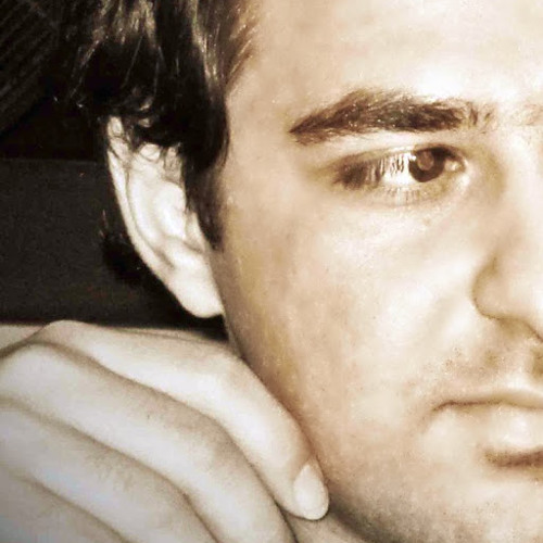 Makhmal K's avatar