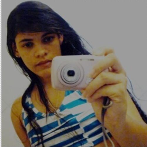 Julianna Mayara's avatar