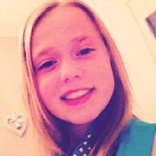 Gabriela Vd Hurk's avatar