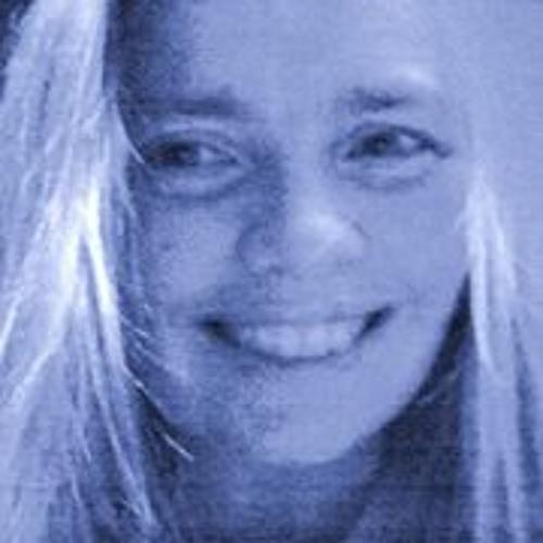 Amanda Bacon's avatar