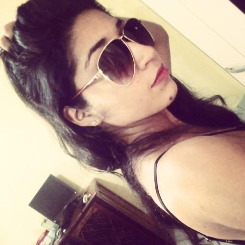 Gigliane Silva's avatar