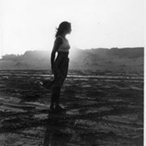 Zinia Jara's avatar
