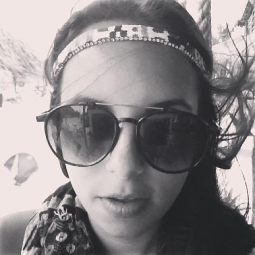 Caro Abreuu's avatar