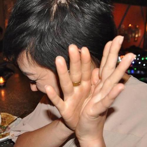 Mandi Bom's avatar