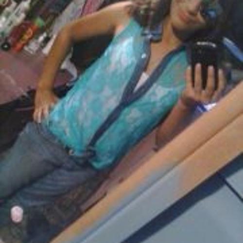 Estefany Dela Cruz Silva's avatar