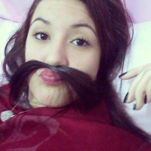Luana Benatti (:'s avatar