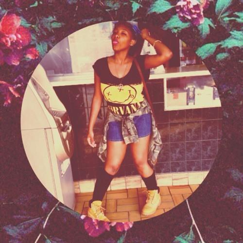 Donya Amira's avatar