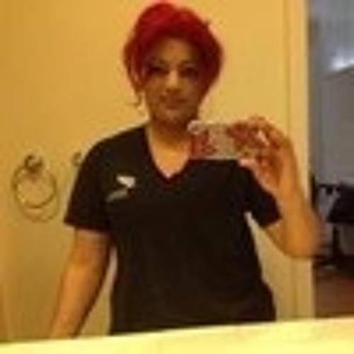 Queen lizzy's avatar