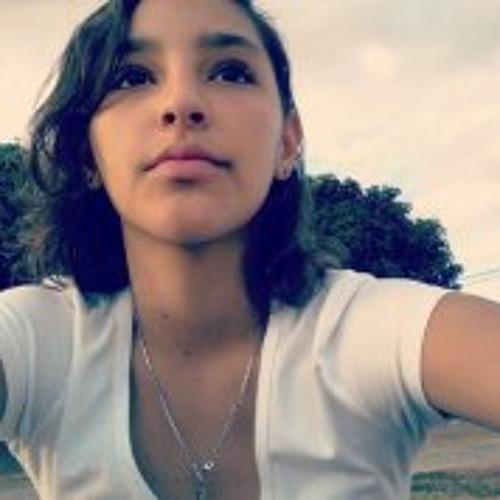 Victoria de Paula's avatar