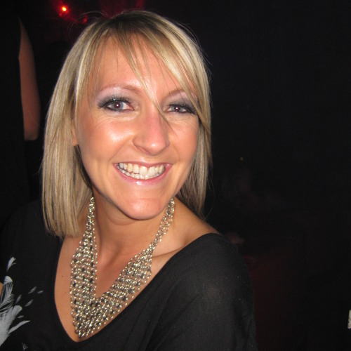 Kirstie Gee's avatar