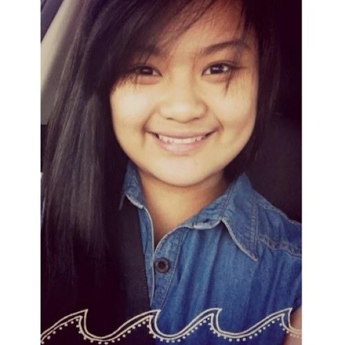 Mae Manalese's avatar