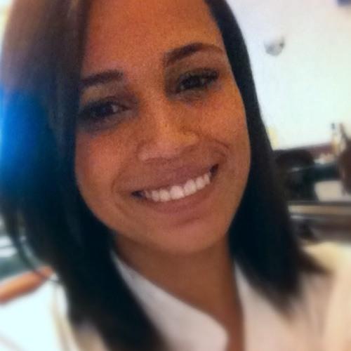Bruninha Vina's avatar