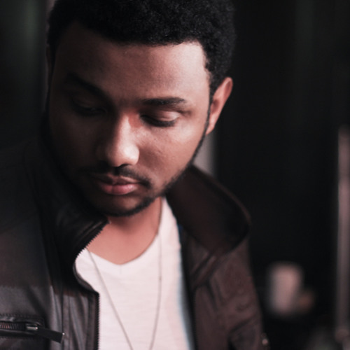 Eli Soares's avatar