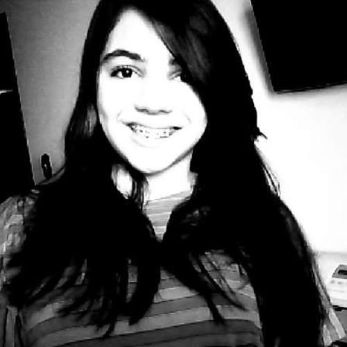 Monique Lacerda 1's avatar