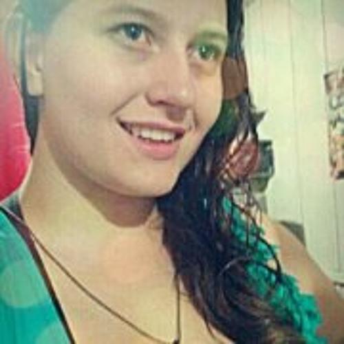 Juliana Holdefer's avatar