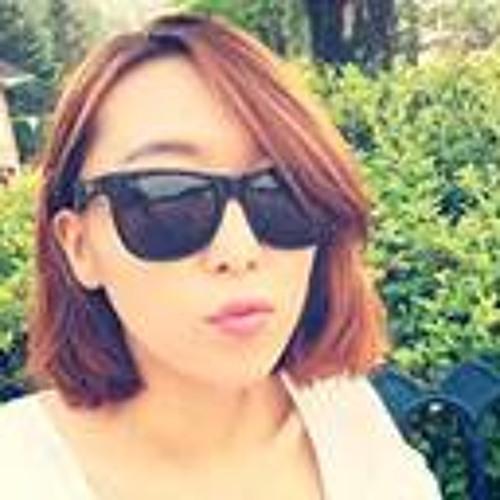 Yeonhee Yu's avatar
