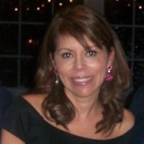 Carmen Maria Nieves's avatar
