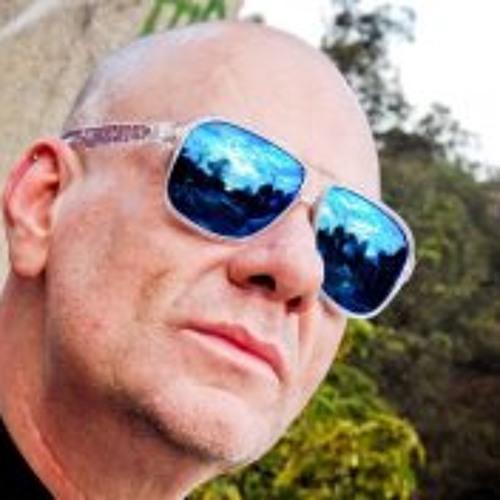 Felipe Nicolai's avatar