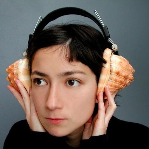 Avia Reeding's avatar