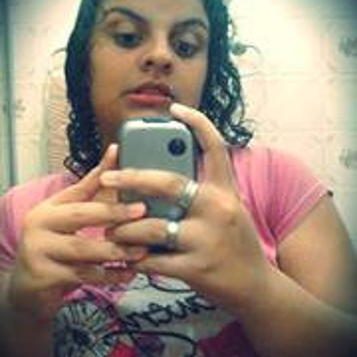 Leticia Martins 25's avatar
