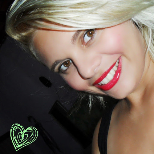 Nicolee Sherzinguer's avatar