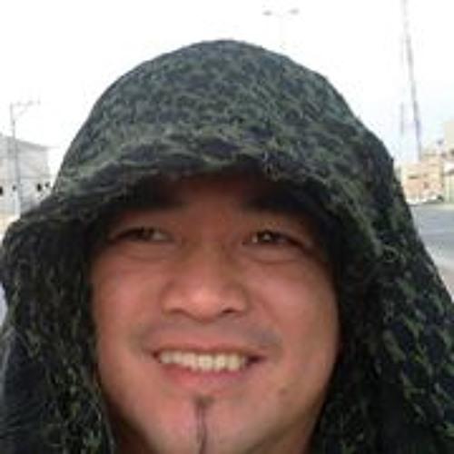 Filomeno Magos's avatar