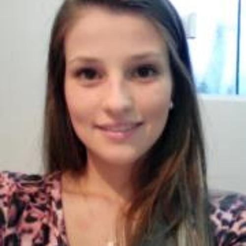 Amanda Lopes de Oliveira's avatar