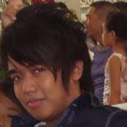 Jake Ibardaloza's avatar