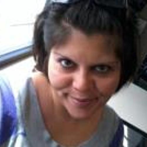 Alicia Perez 20's avatar