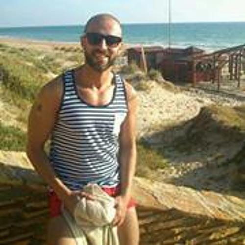 Miguel Hernandez Oria's avatar