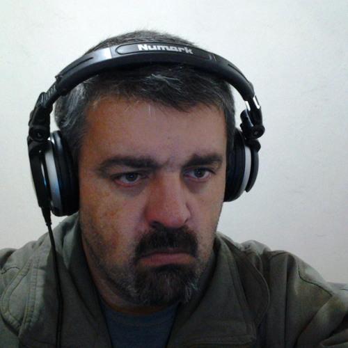 DjEmerson Fernando's avatar