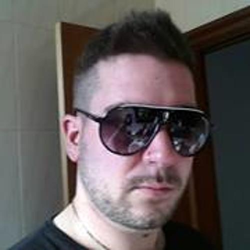 Ivan Madera Oliva's avatar