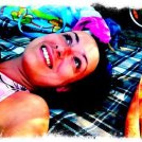 Tina Reinhart's avatar