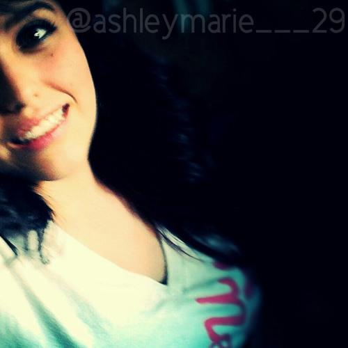 ashley_marie_29's avatar