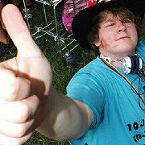 Martin Hoffmann 20's avatar