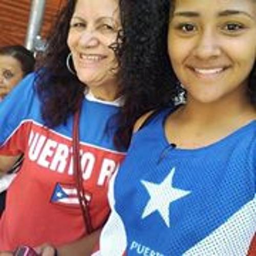 Chrissy Quinones's avatar