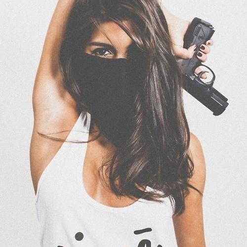 Letícia de Oliveira 5's avatar