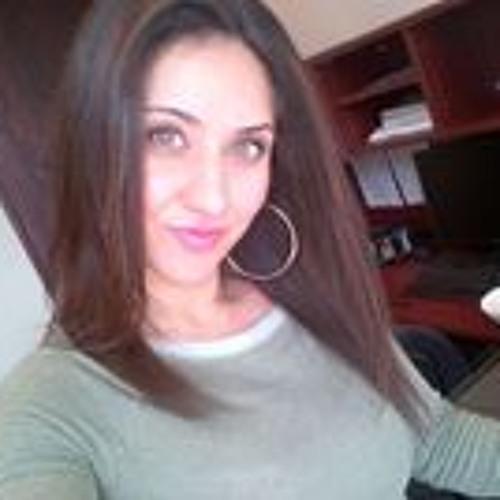 Cindy Younan's avatar