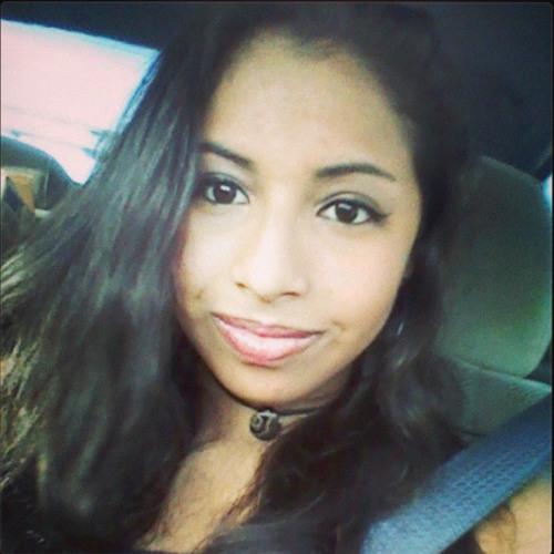 Masha Reyes's avatar