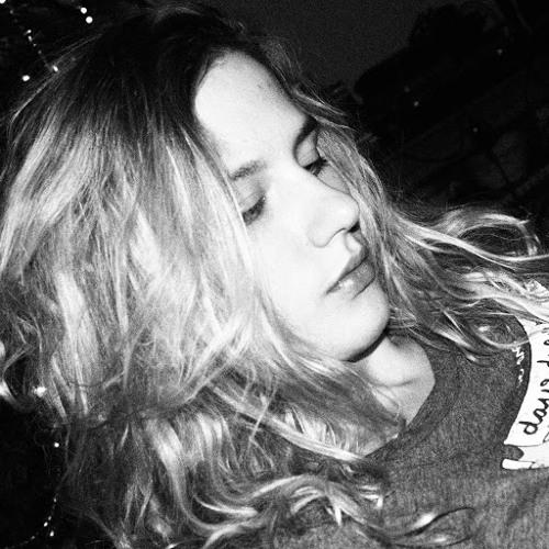 Michelle van Tol 22's avatar