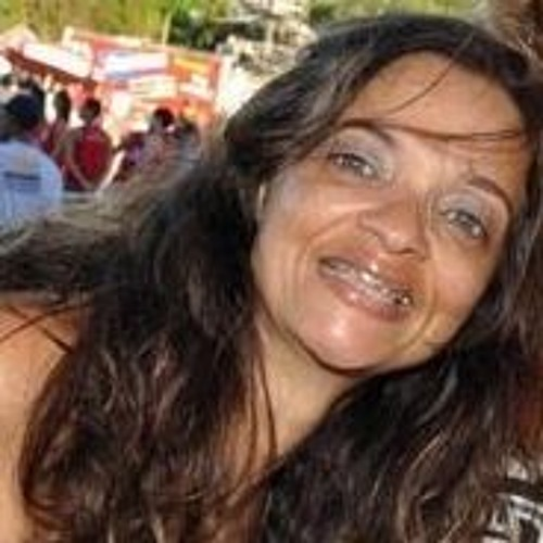 Patrícia Gonçalves 28's avatar