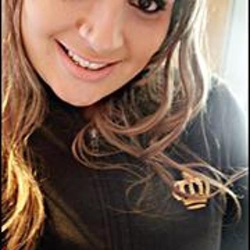 Letícia Graciano's avatar